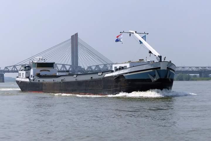 Binnenvaartschip Gerrit Jan